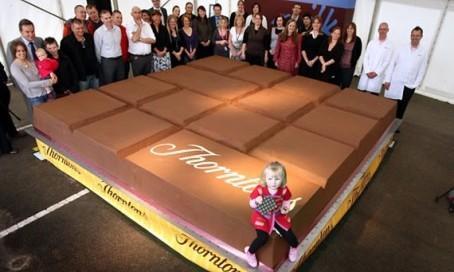 Фото самой большой шоколадки